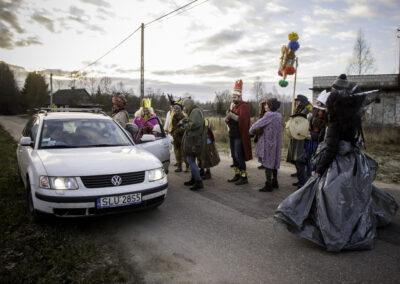 Kolędnicy podczas życzeń kolędowania w Teremiskach. Fot. Gutek Zegier